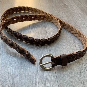 Accessories - ⚡️3 for $25 Brown braided belt